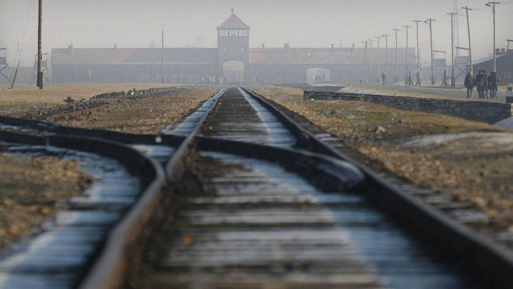 آشویتس-دنیای روانشناسی